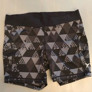 Old navy active shorts 2 💥 3 for $15 item 💥